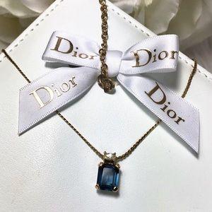 🌹Vtg Christian Dior Faux Sapphire Gold Necklace🌹